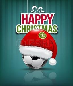 24194055-frohe-weihnachten-weihnachtsm-tze-auf-fussball-hintergrund